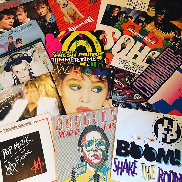 Sorting out my vinyl records for  @layla_warfield77 and Joanna's 40th birthday party tonight! It's going to be a proper retro-fest boogie night! 🎵⚡️🎧❤️ #DJ #femaledj #vinyldj #eventdj #partydj #londondj #party #birthday #birthdayparty #music #records #vinyl #vinylrecords #djlife #djlifestyle #boogie #dancing #disco #80s #90s