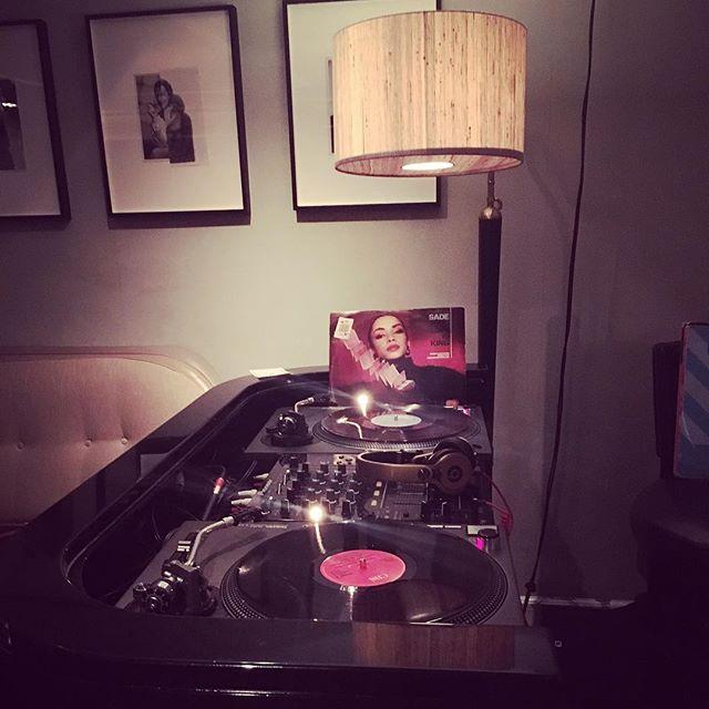 My lovely lush & cosy booth for the evening. 😊🎧❤️ . .  #dj #femaledj #londondj #eventdj partydj #music #vinyl #records #vinyldj #artsclub #london #nightlife #djlife
