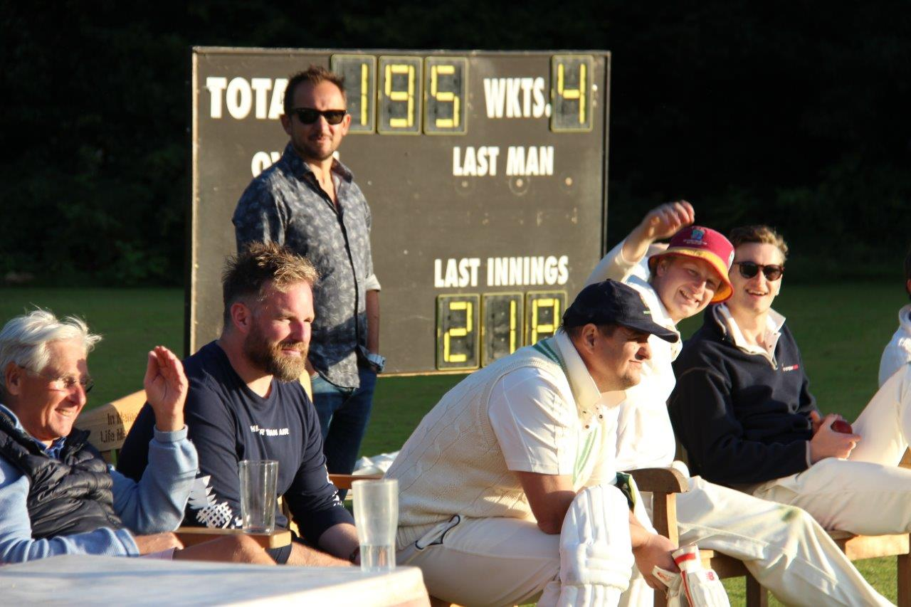 At this point we needed 24 off 4 and the tension was palpable L-R Jonathan Walpole, Henners, Karl with a K, Tiddles with a Tea, Spinach, Ritchie