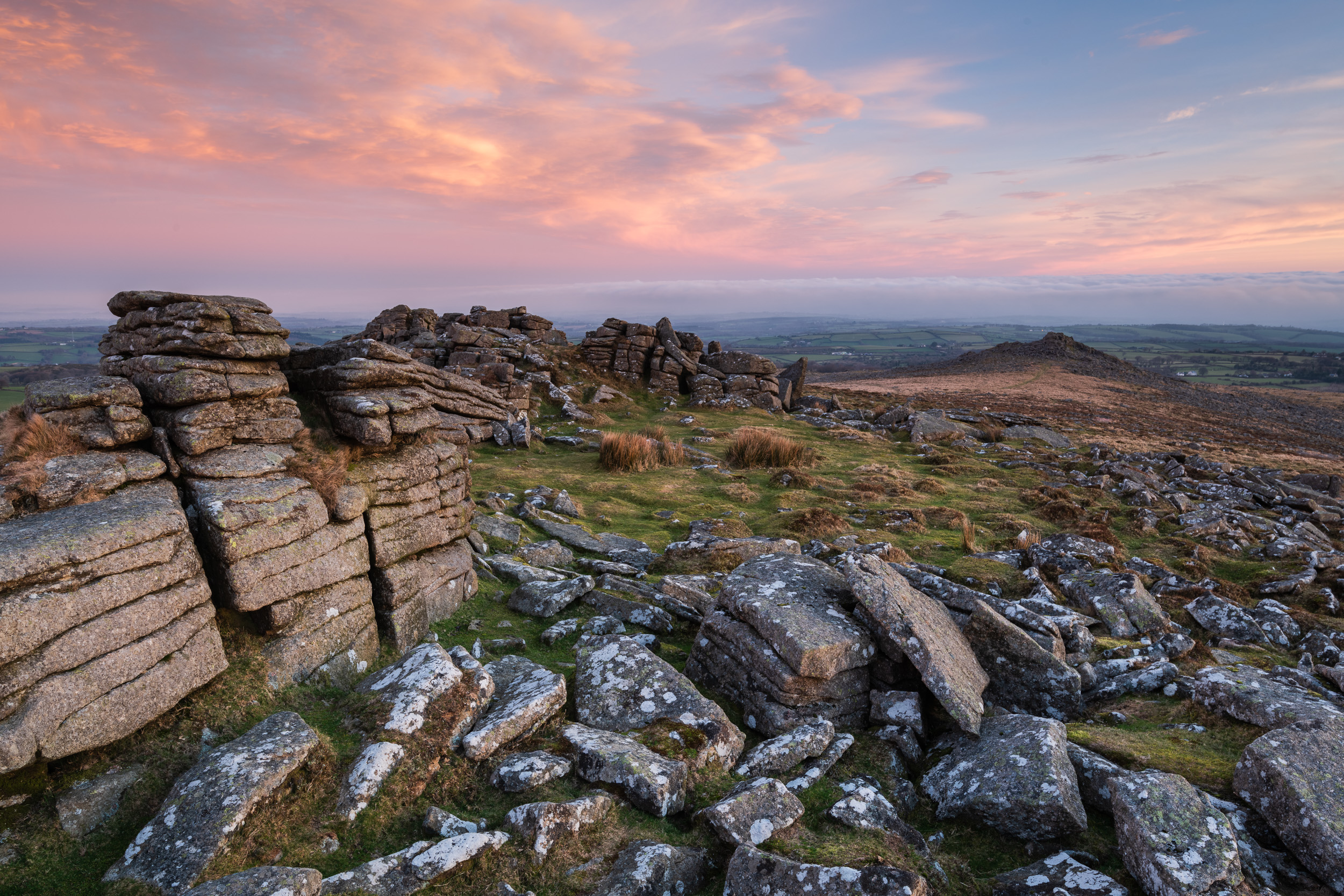 Belstone Tor and Belstone Common at Dawn, Dartmoor, Devon  - Nikon D850, Nikkor 16-35 mm f/4 @ 26 mm, f/13, 3 secs @ ISO 64.