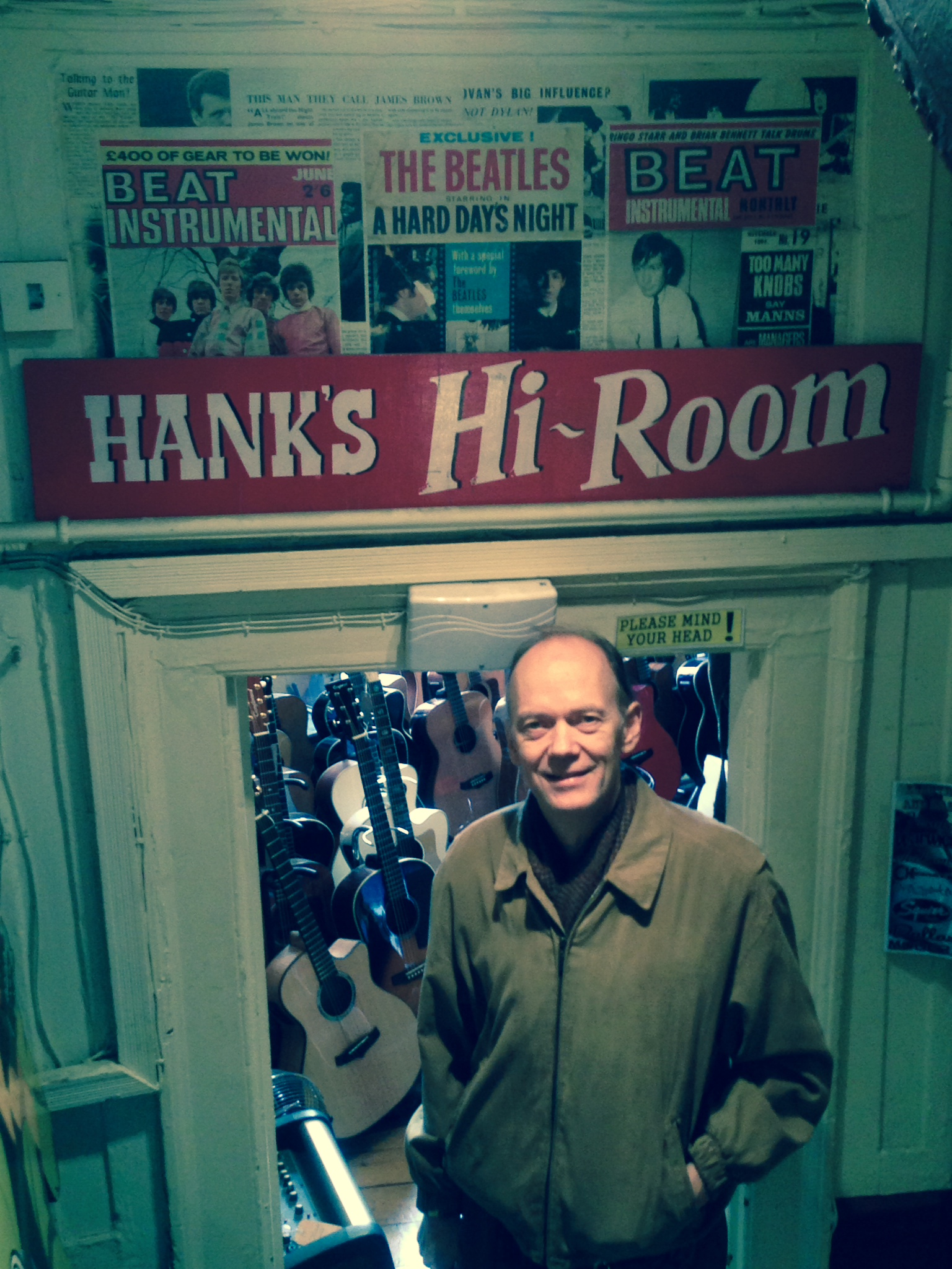 hank's hi room.JPG