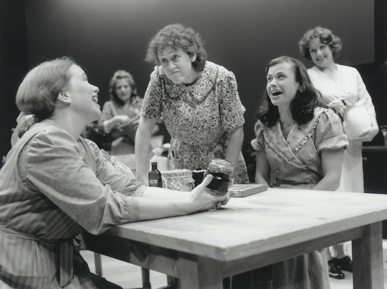 Kelly Pino, Kate Willinger, Karen Sheridan, Robin Lewis-Bedz and Michelle Mountain in Dancing at Lughnasa 2000-2001