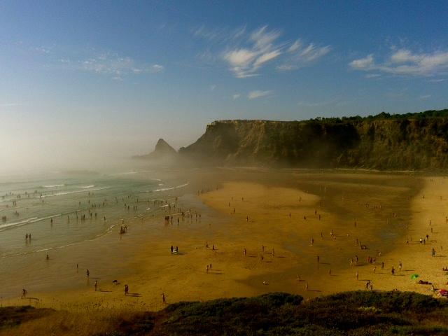 Praia da Monte clerigo
