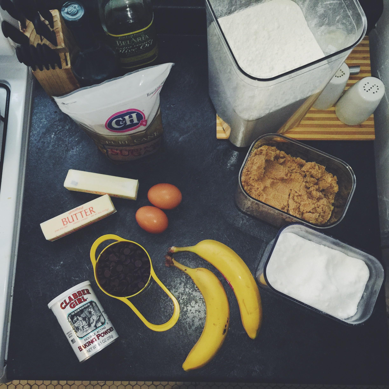 banana chocolate chip muffin ingredients