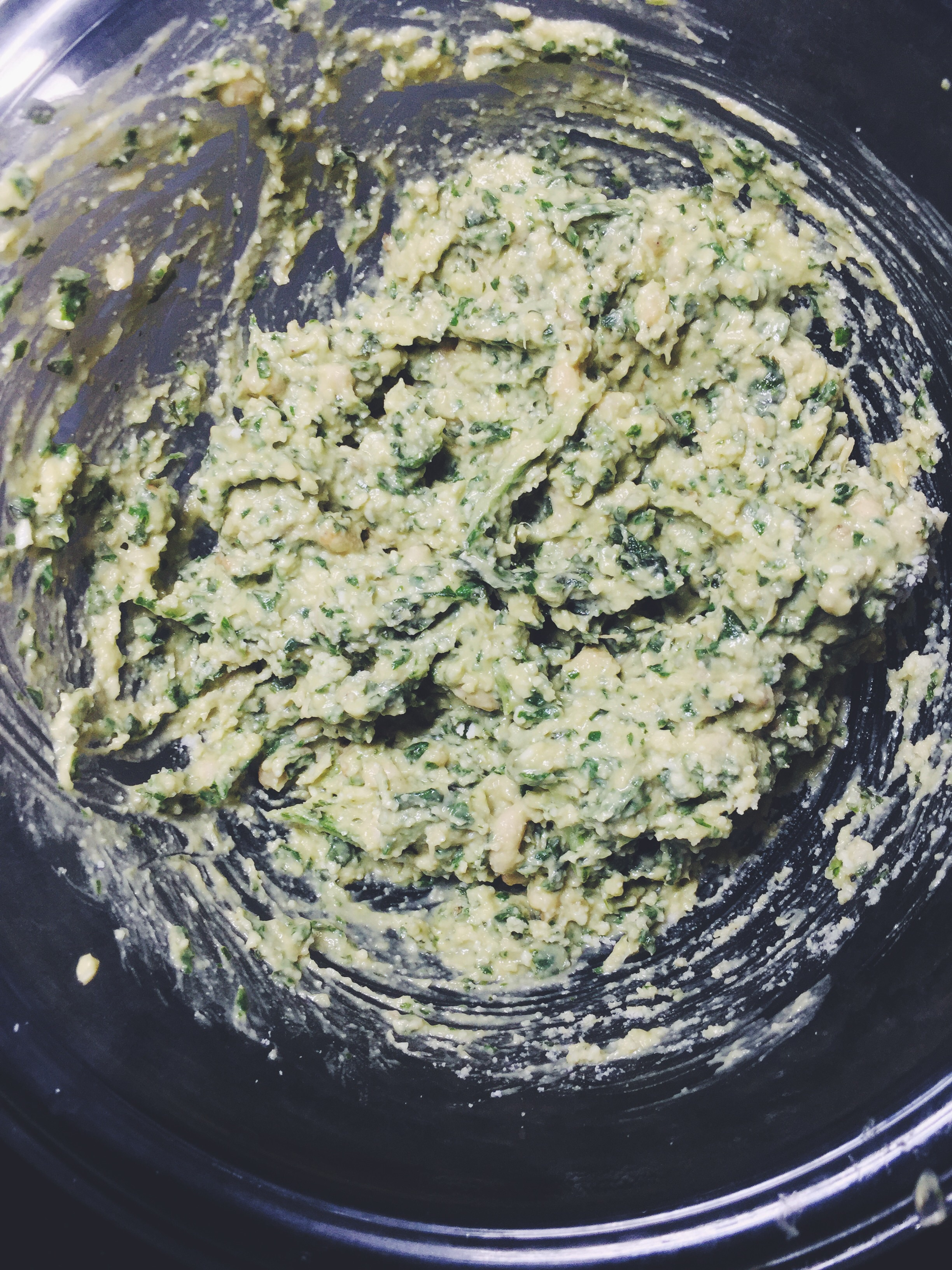 homemade avocado pesto