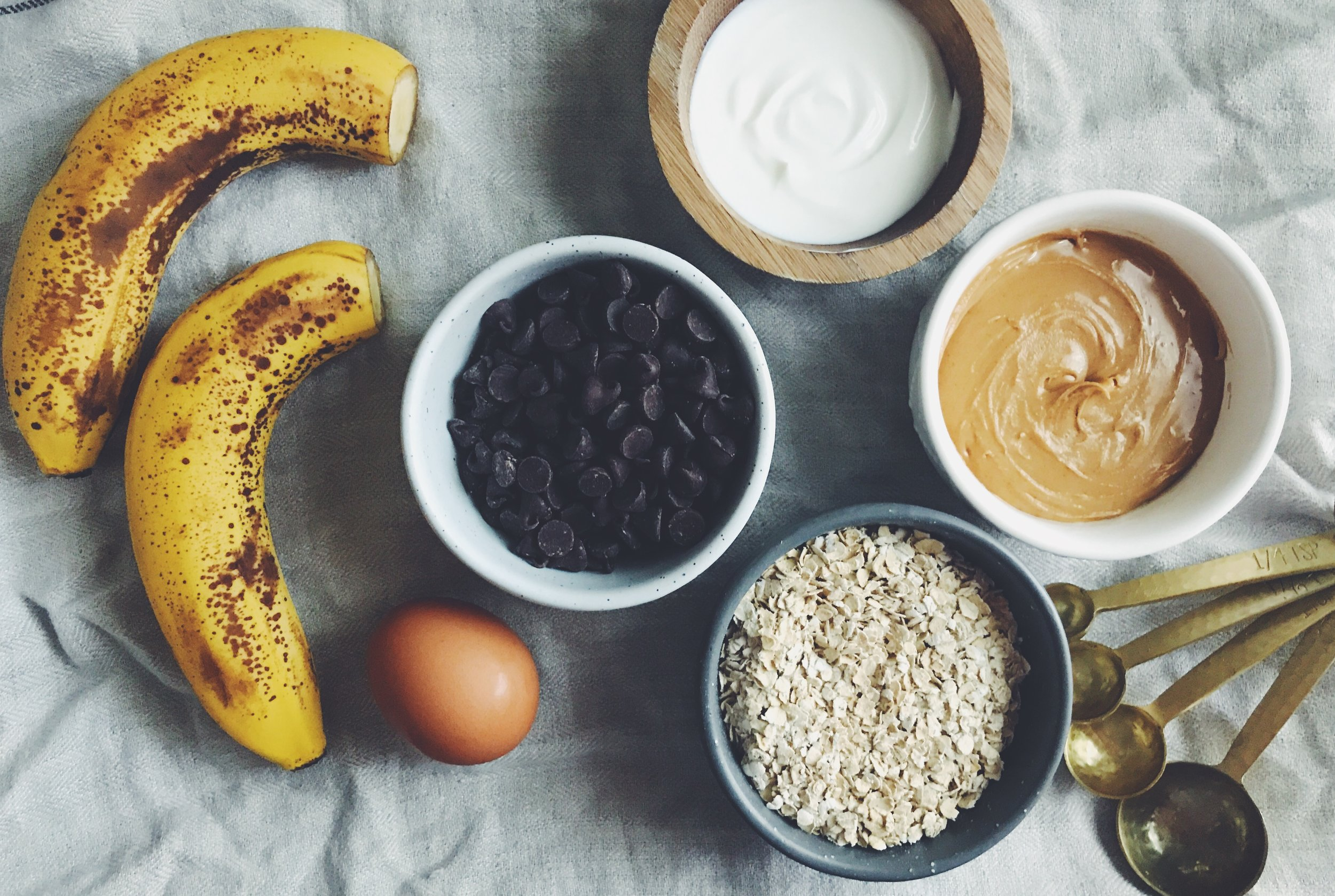 peanut butter banana chocolate muffin ingredients