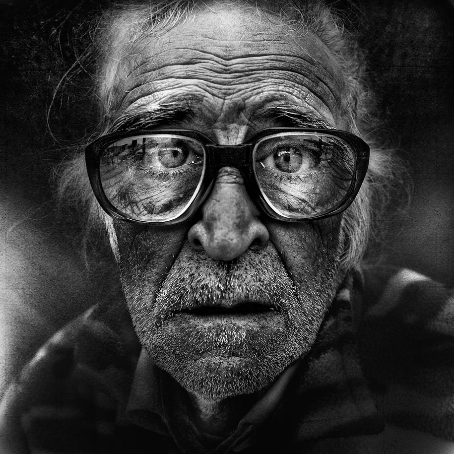 black-white-homeless-peoples-portraits-lee-jeffries-photography-1.jpeg