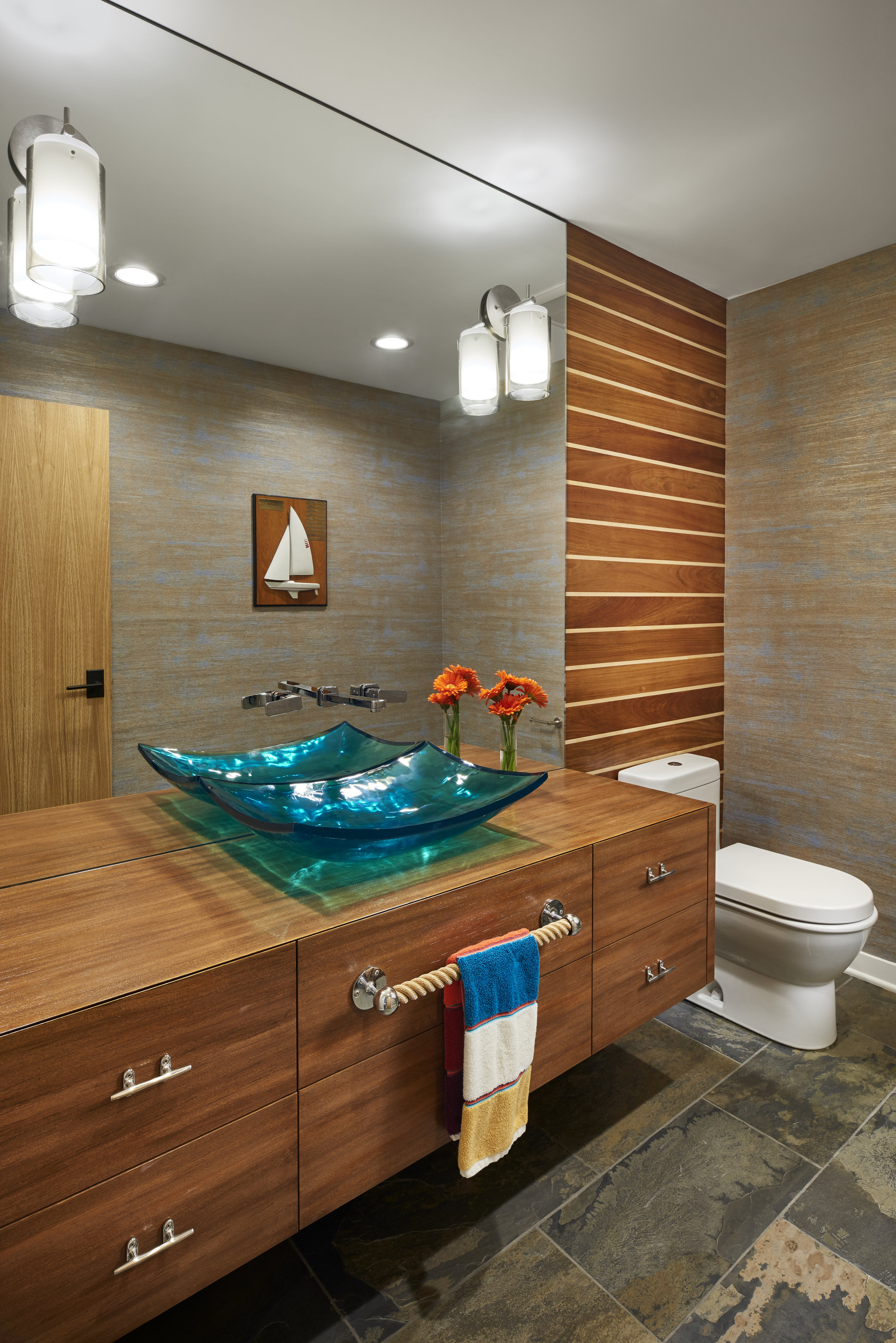 Nautical inspired bathroom, designed by NewStudio Architecture