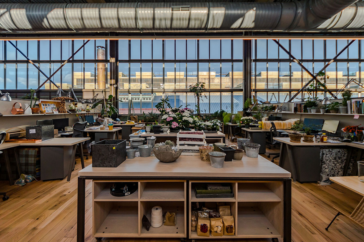 NewStudio Architecture collaborated with URBN to design Navy Yard Building 18 Annex with staging areas for Terrain staff