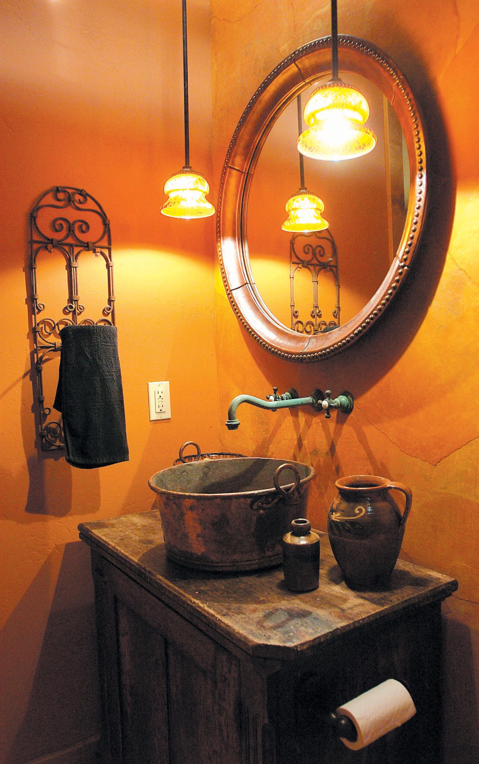 Comer-Int-Bath-W.jpg