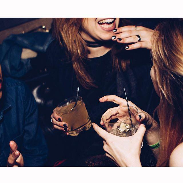 What's ur weekend gonna look like? 「週末3日じゃ足りない」 . #zawa #zawalife #zawacrew #weekend #party #drinks #alcohol #travel #trip #friends #DJ #champagne #tokyostrong #CREAM #eat #sleep #poker #repeat #東京 #tokyo #三連休 #longweekend