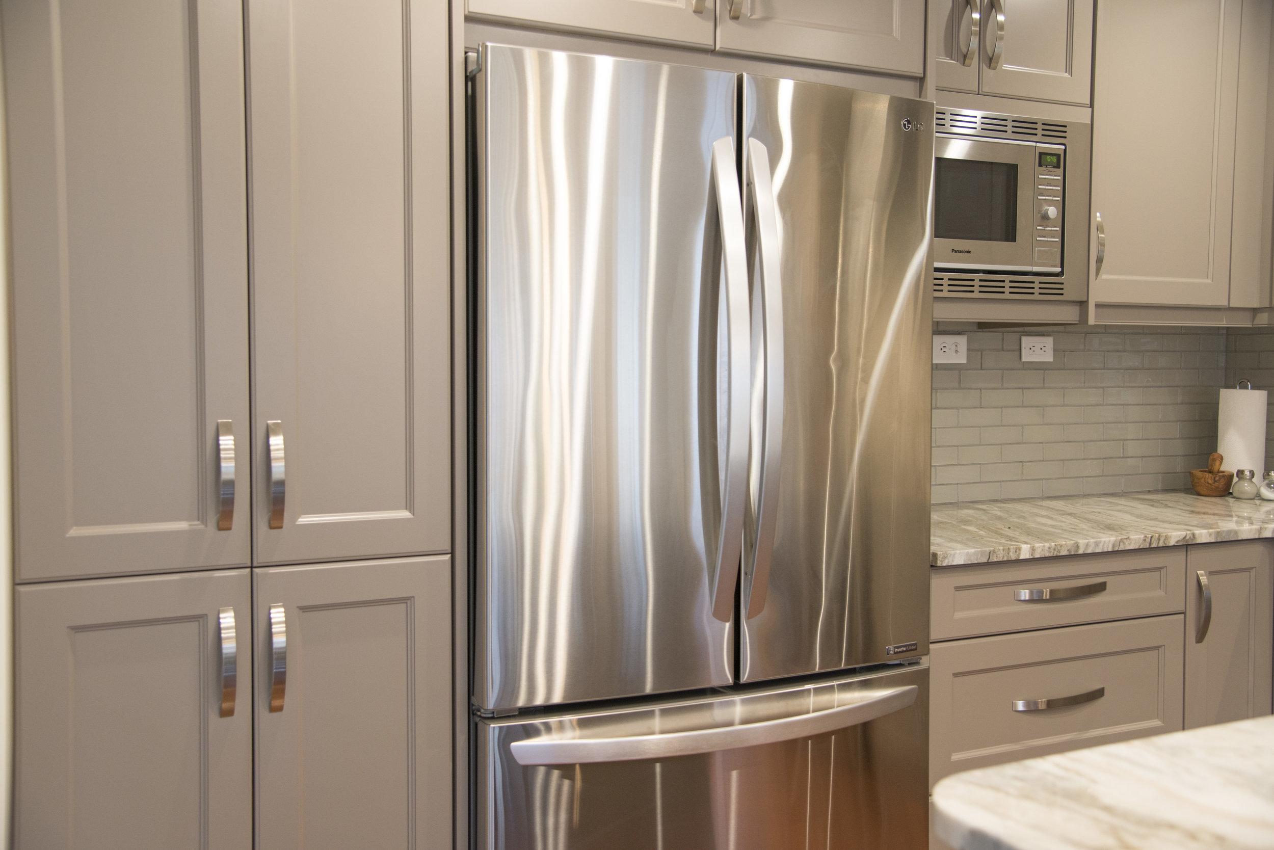 Grey_kitchen_4.jpg