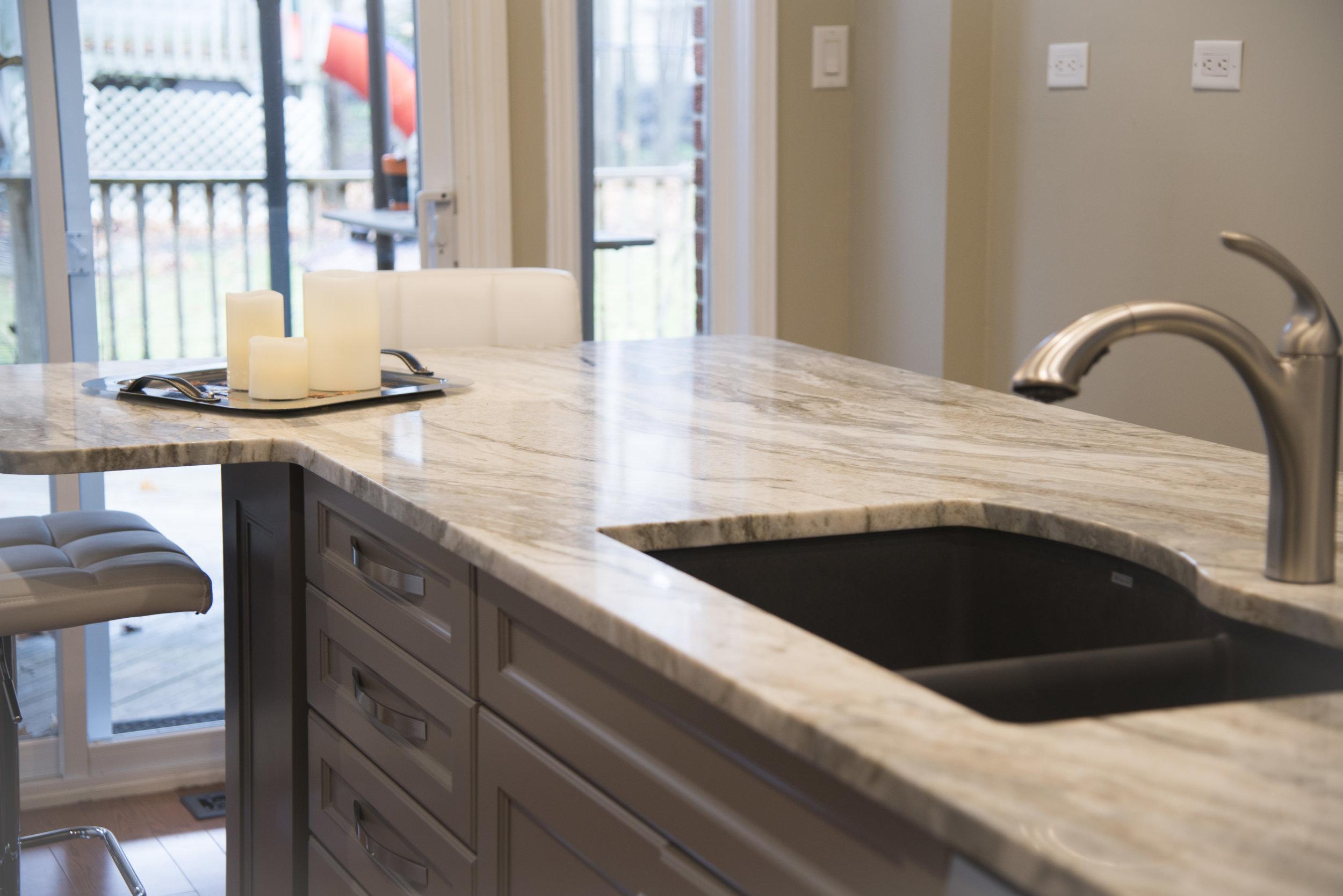 Grey_kitchen_13.jpg