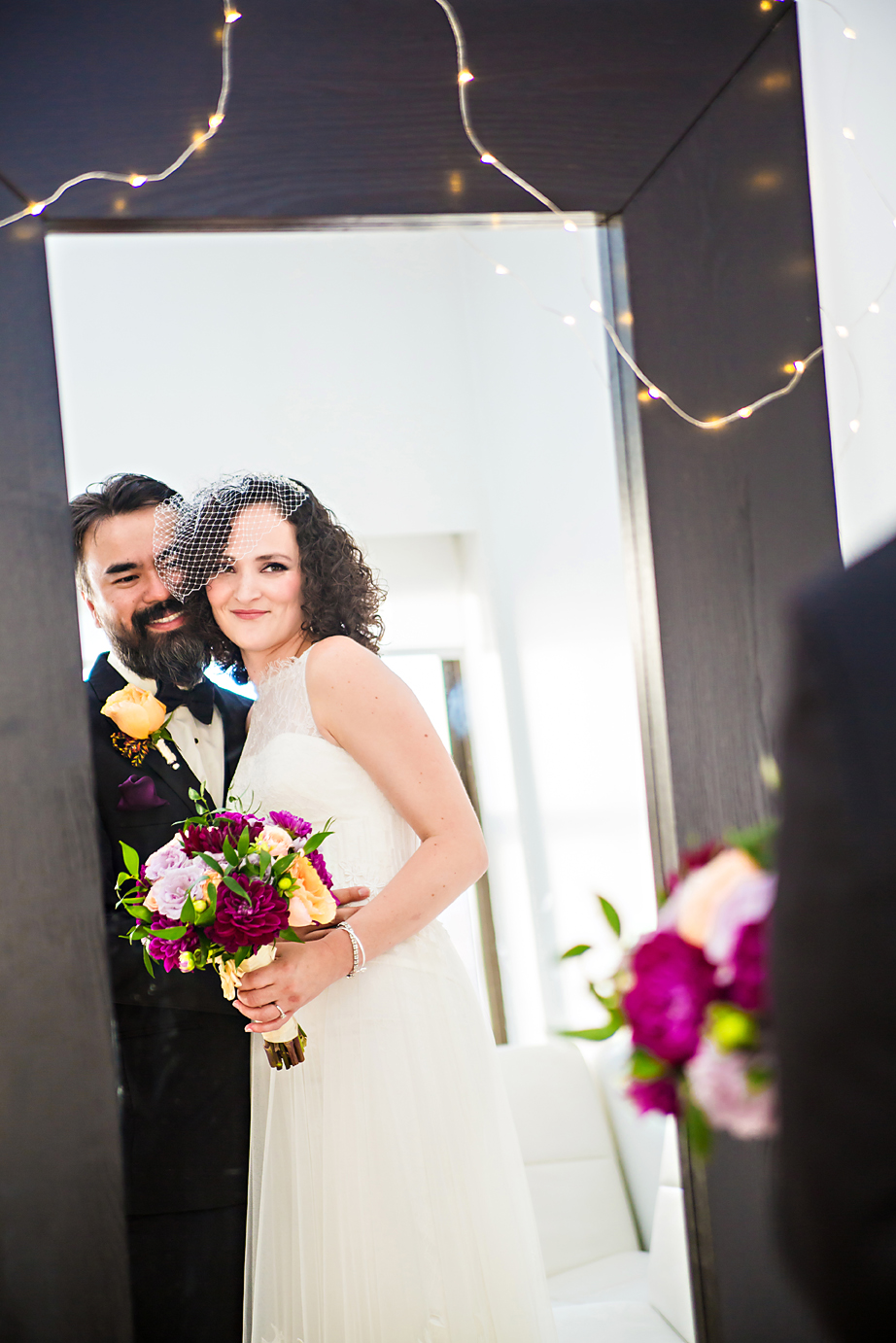 luxe-by-lindsay-charleston-south-carolina-sc-lowcountry-wedding-photographer-bride-and-groom-mirror.jpg