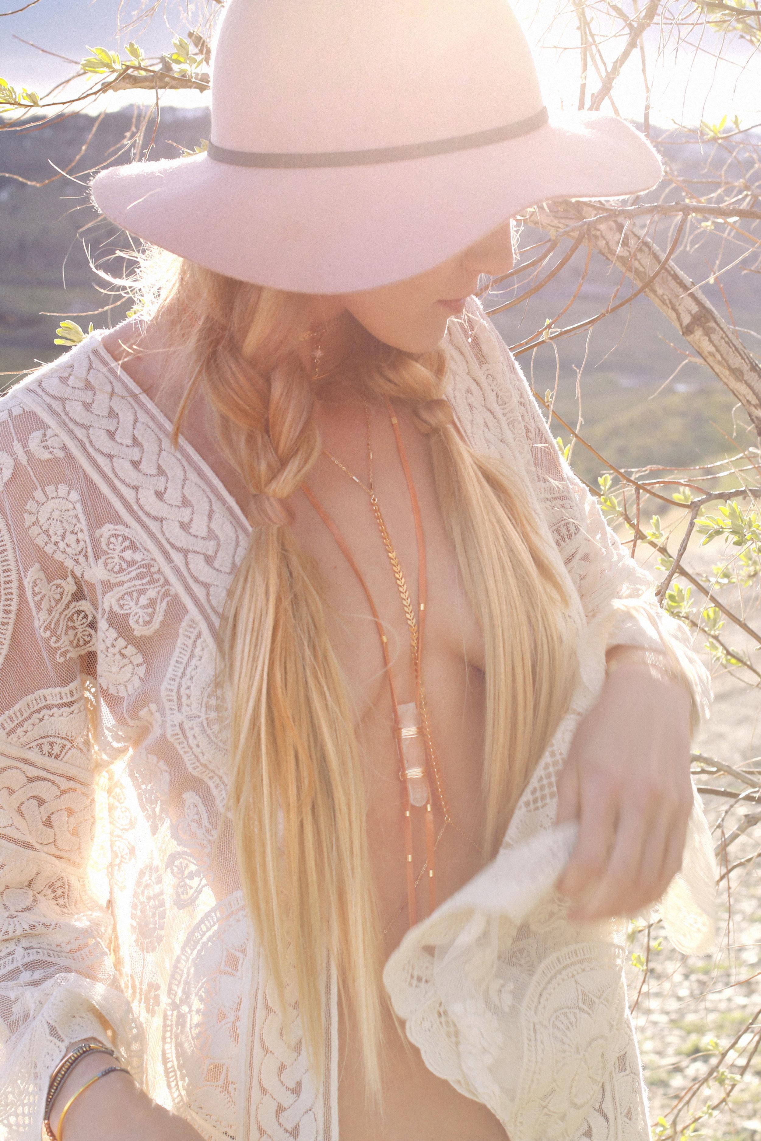 COLORADO GYPSY DREAMIN' - Photo Shoot Story shot by Alyssa Risley - IG @alyssarisley
