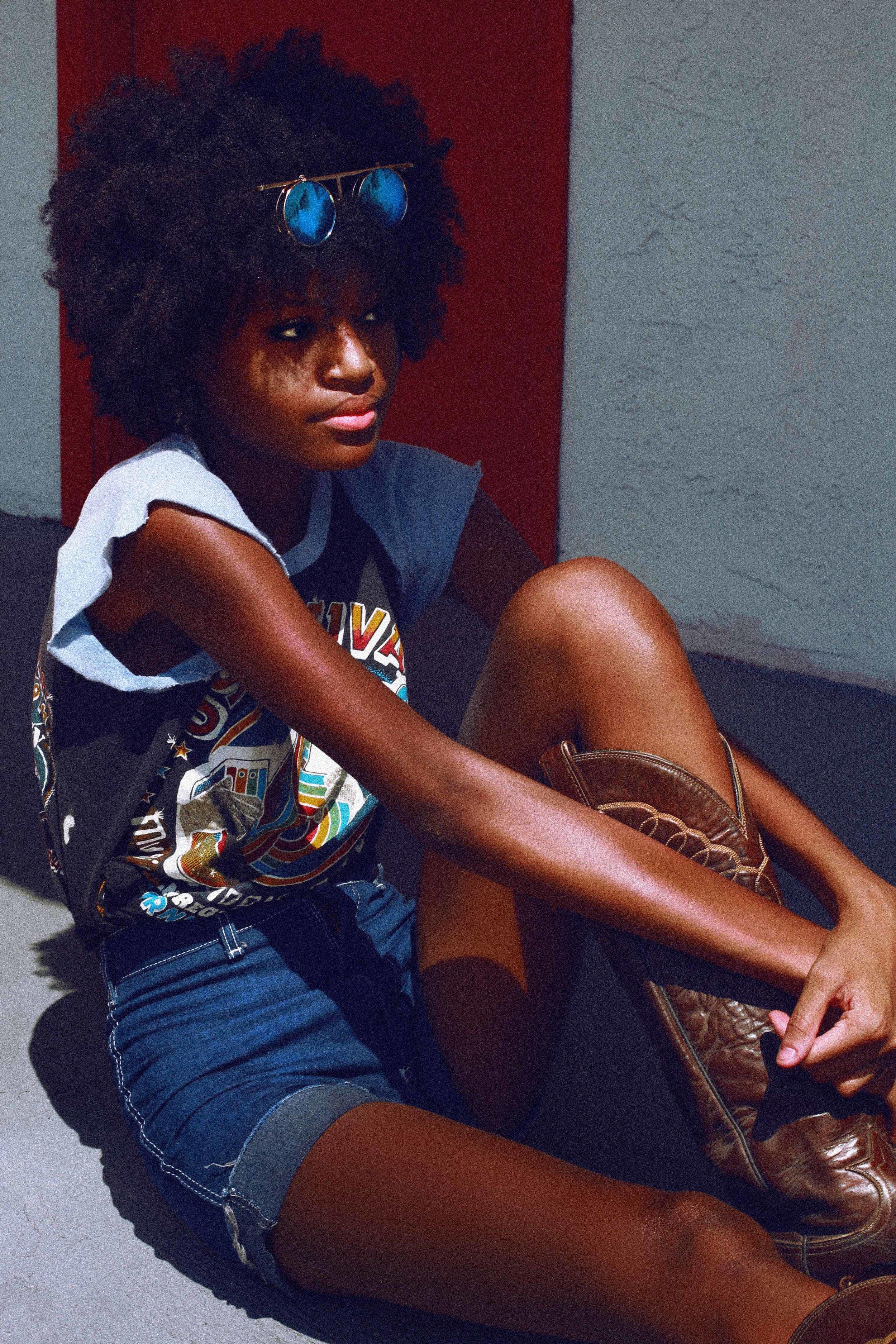 FUN CITY MOTEL - Vintage Retro AFRO Fashion Photo Shoot Story shot in Las Vegas by Alyssa Risley - IG @alyssarisley