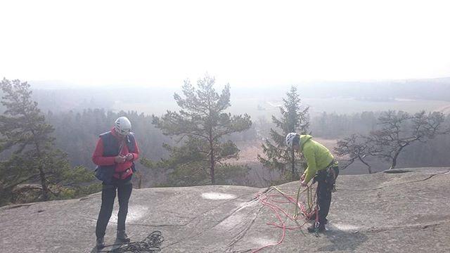 Avrostning i Tunaberg. Nu startar klättersäsongen! #bergsidan #ledarutbildning #klättring