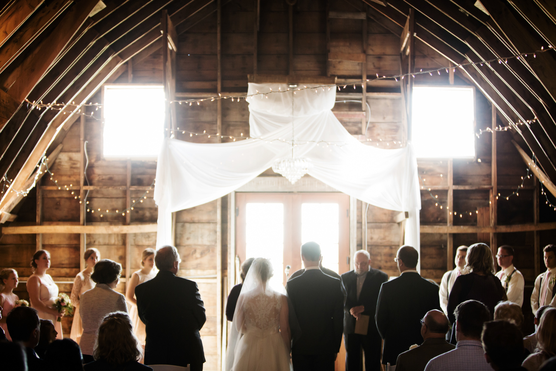 wedding-photographer-rochester-coops-event-barn-clewell-photography-22.jpg
