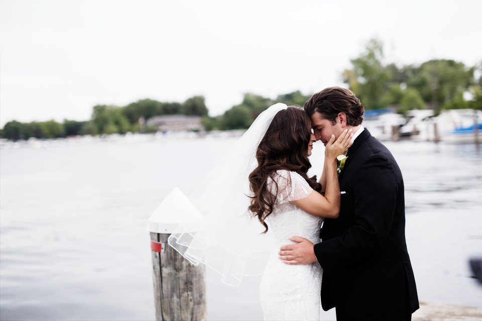 clewell-photography-minneapolis-wedding-bayview-event-center-115c.jpg