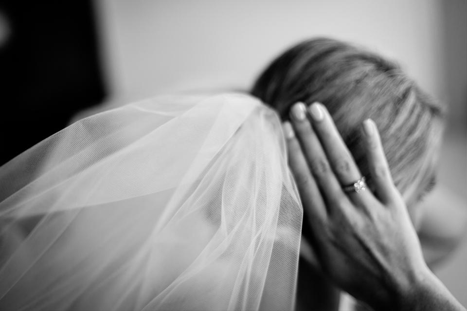 Clewell-Aria-Wedding-Minneapolis-12.jpg