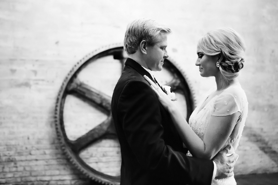 Clewell-Aria-Wedding-Minneapolis-14.jpg