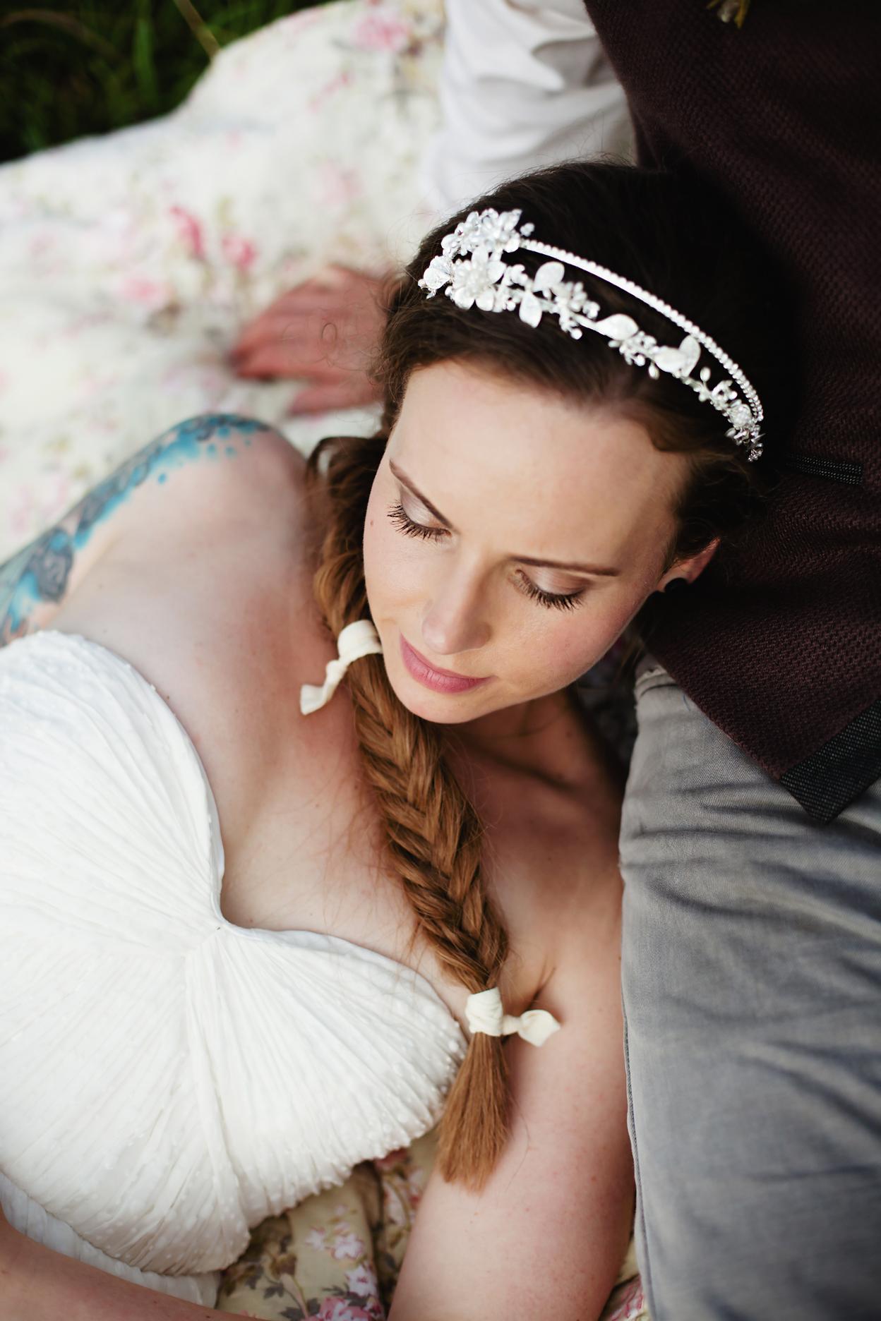clewell-photography-minneapolis-farm-hunger-games-wedding-40.1.jpg