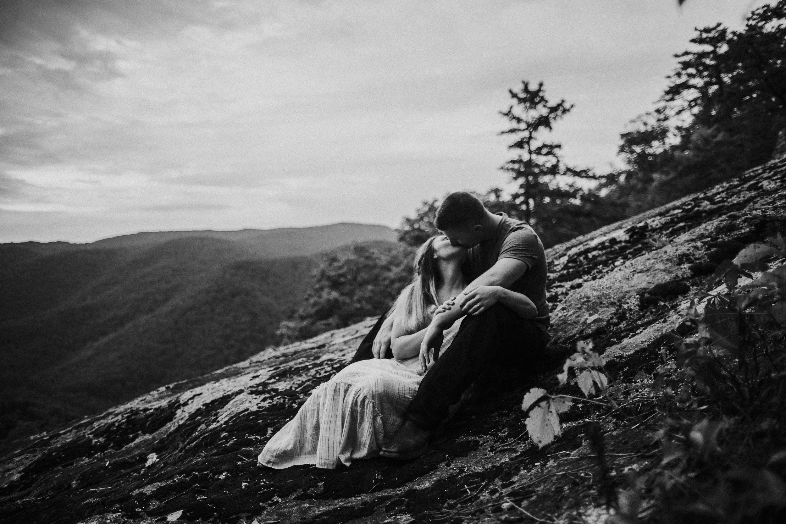 Photographybykelseyrae-engagement-Doug&Haleigh-271.jpg