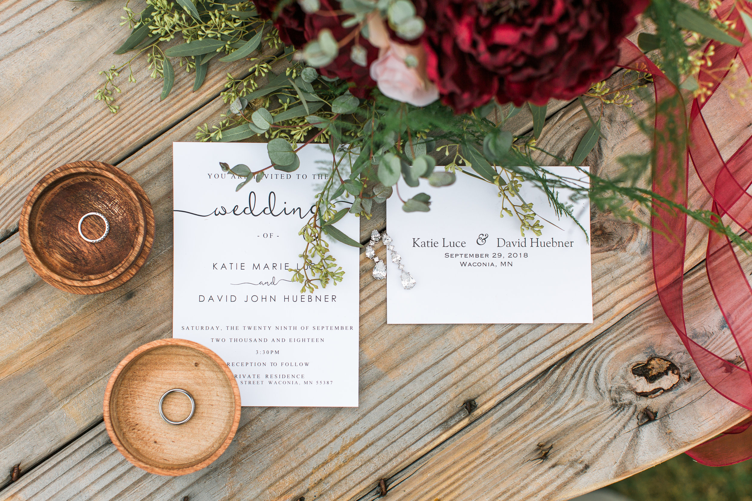 Wedding invitation details Minnesota fall wedding burgundy Mallory Kiesow photography Minnesota backyard wedding