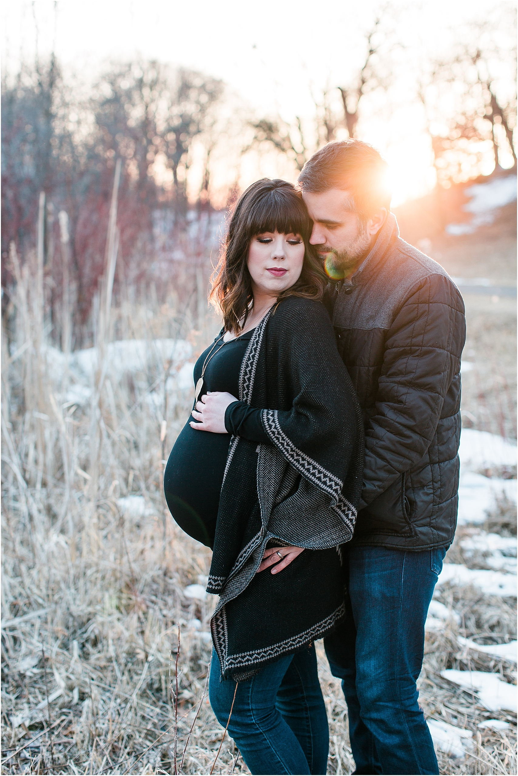 Minnesota winter maternity session Lakefront Park Prior Lake photographed by Mallory Kiesow, Minnesota maternity photographer_0013.jpg