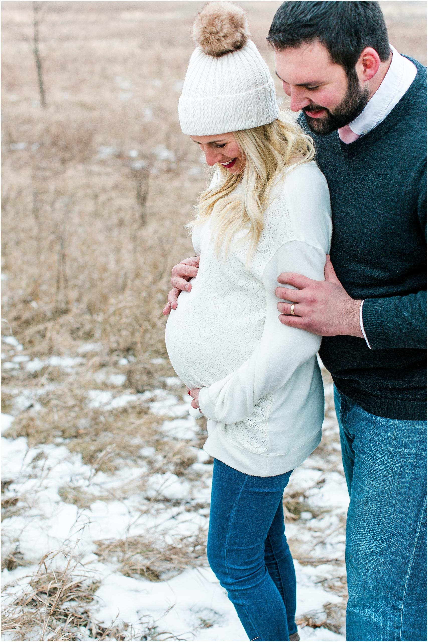 Minnesota winter maternity session Lake Ann Park Chanhassen photographed by Mallory Kiesow, Minnesota maternity photographer_012.jpg