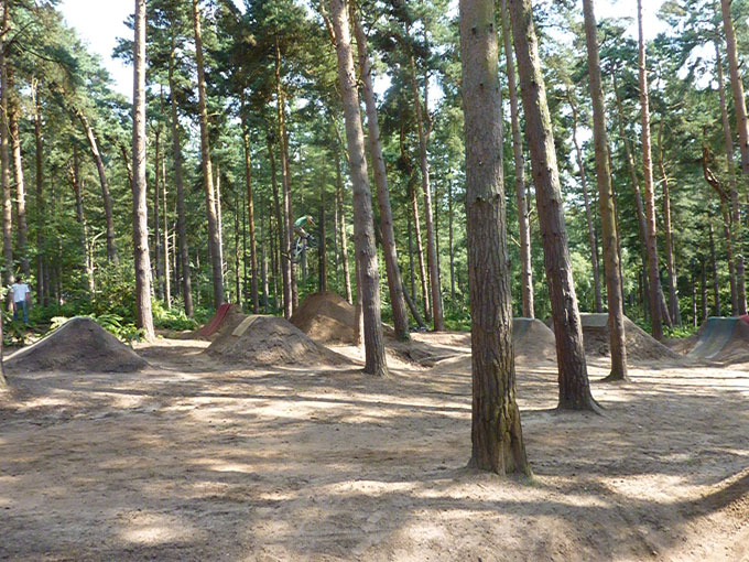 chicksands_dirt_jump_004.jpg