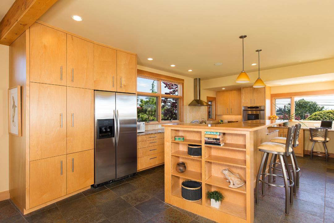 28 kitchen 1-2.jpg