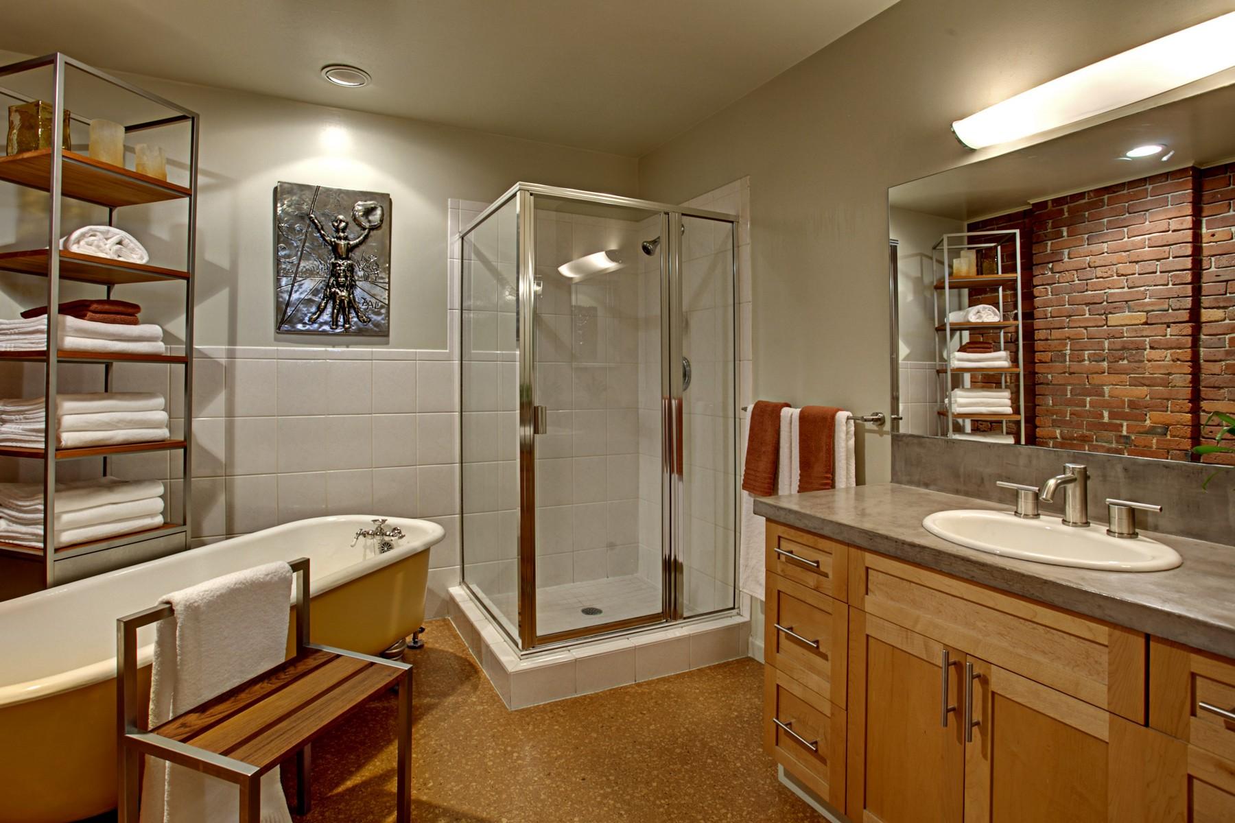 3 Bath01.jpg