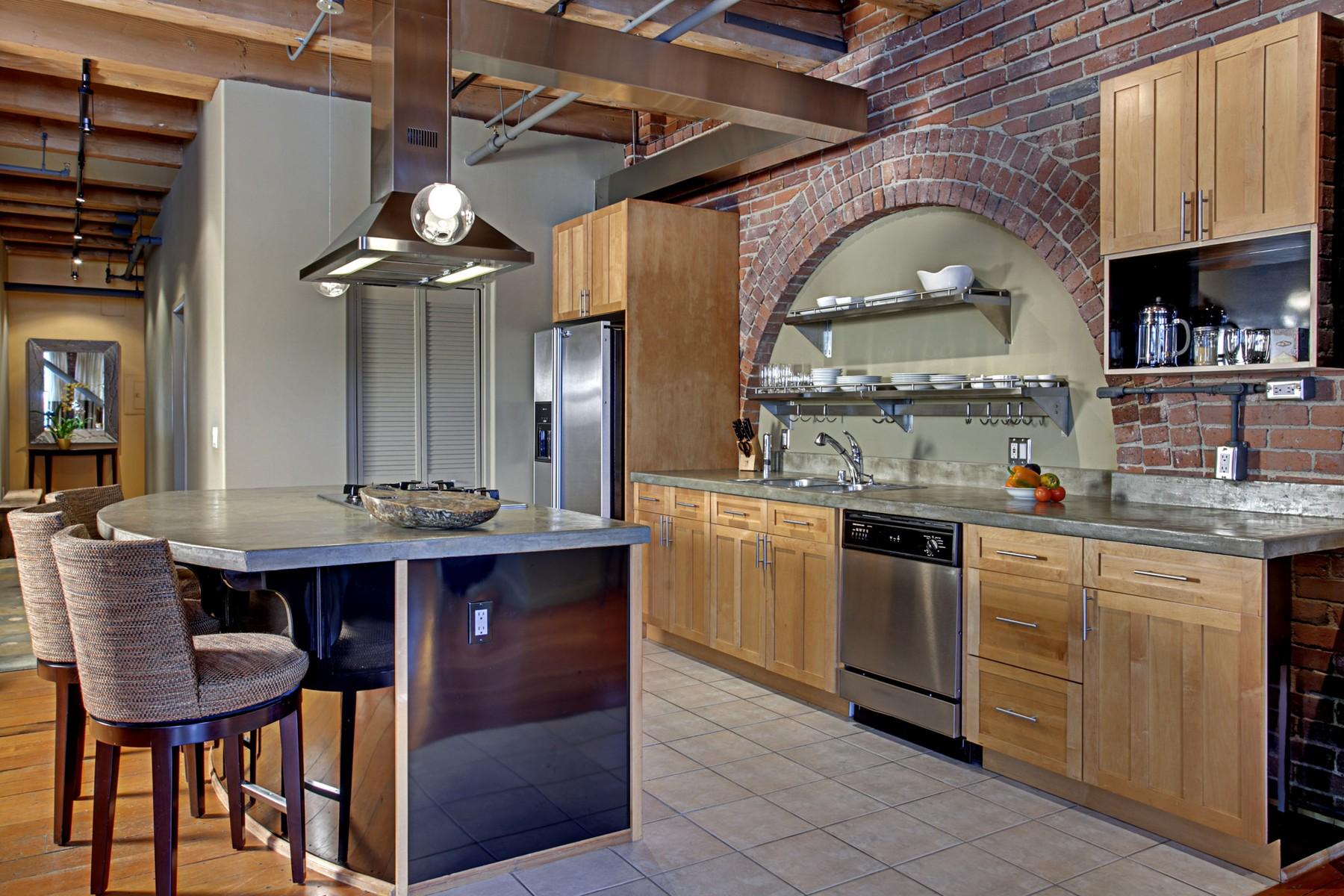 10 Kitchen02.jpg