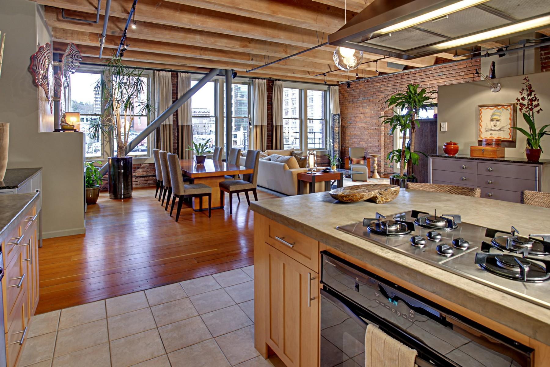 13 Kitchen05.jpg