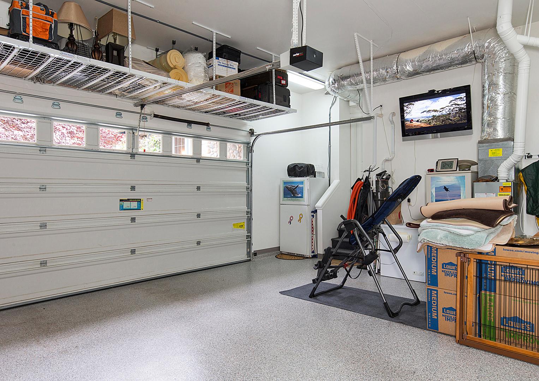 24 garage 1-2.jpg