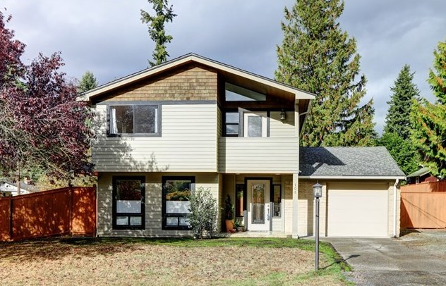 106 N 181st St | Shoreline  Sold for $745,000   Represented the Buyer