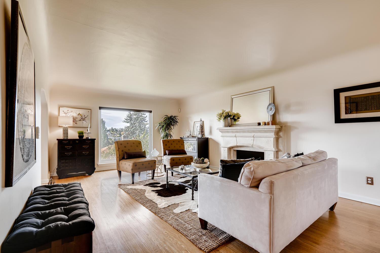 2111 29th Ave W Seattle WA-large-004-002-Living Room-1500x1000-72dpi.jpg