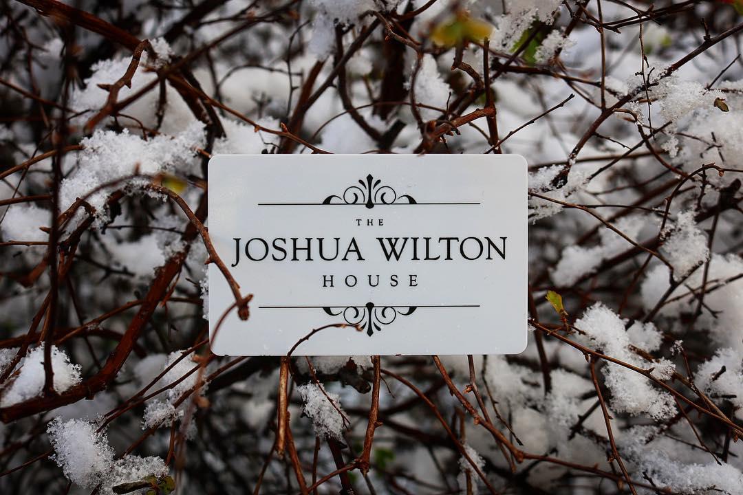 gift card snow.jpg