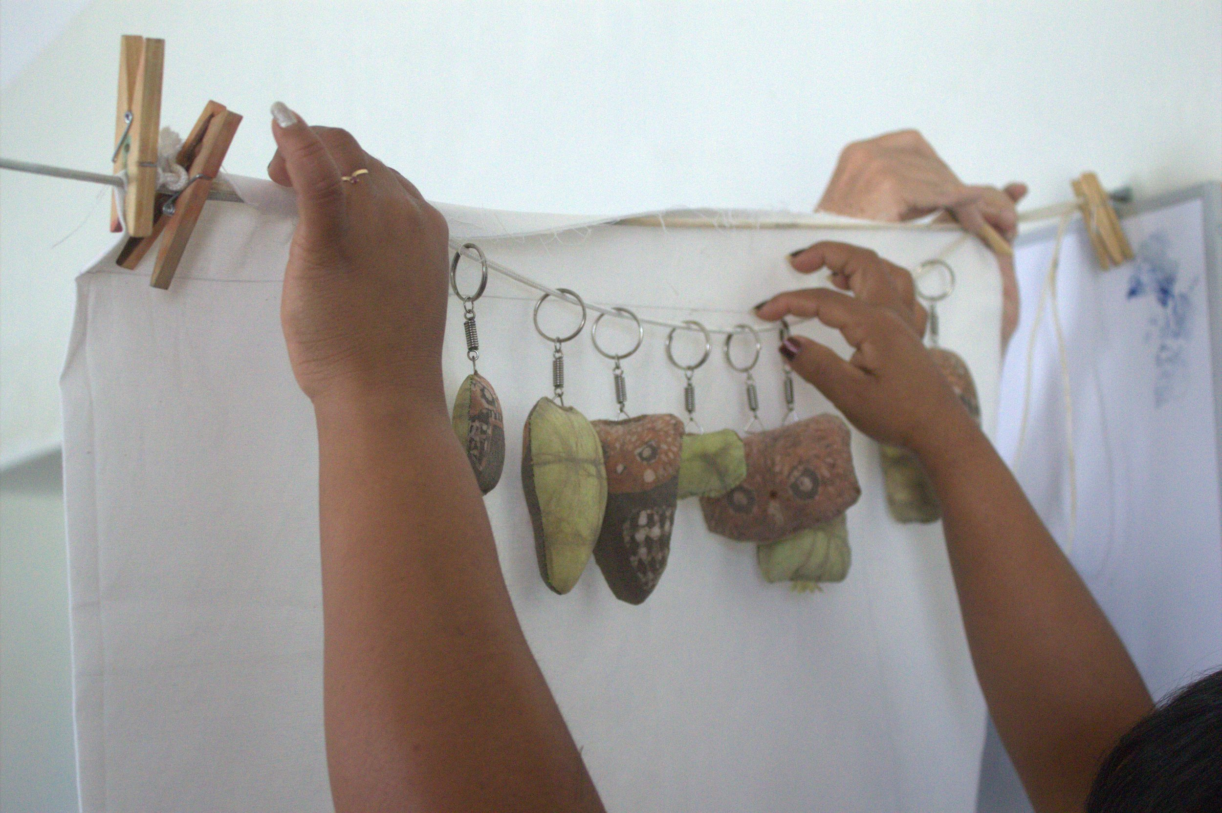The Project    SPI is working with four communities, developing their existing craft skills, creating new products with them, and training them in business and marketing skills. In partnership with the National Service of Natural Protected Areas (SERNANP) in Lambayeque, we are increasing the opportunities for local communities to sell local goods inspired by their cultural and natural heritage so their businesses can be independent and sustainable.