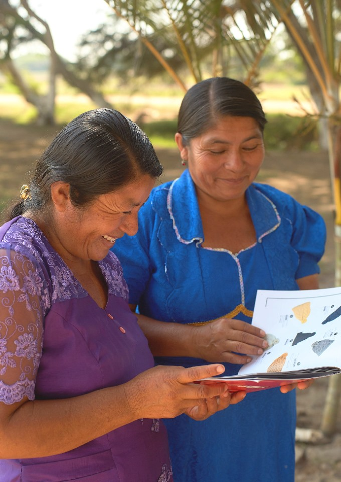 Chotuna-Chorancap, Peru : SPI's project, together with the Chotuna-Chornancap Site Museum and the Brüning National Museum, is helping the artisans of Chotuna develop their experience into a sustainable and profitable business which will offer a real income, and preserve the site in doing so. Beginning in 2012, the project has built key infrastructure and carried out vital training with a group of female artisans. Alongside this, SPI and its partners continue to promote Chotuna as a tourist attraction, creating vital local business and developing key local infrastructure.