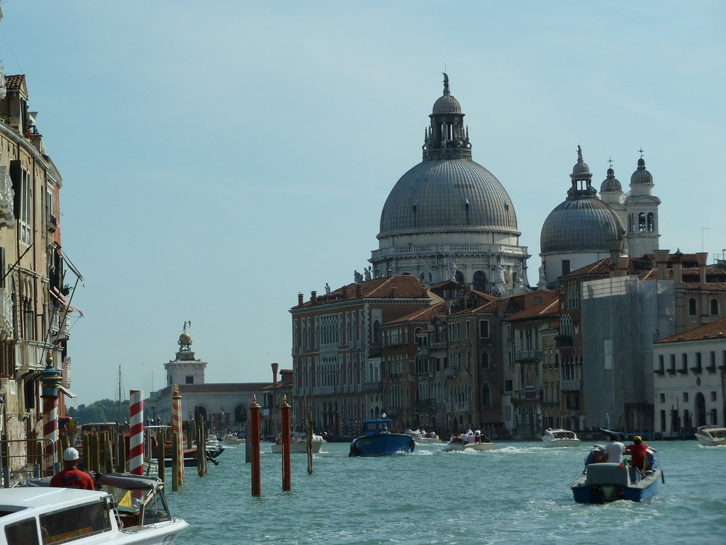 VeniceThe canals of Venice. Image courtesy of Picryl.