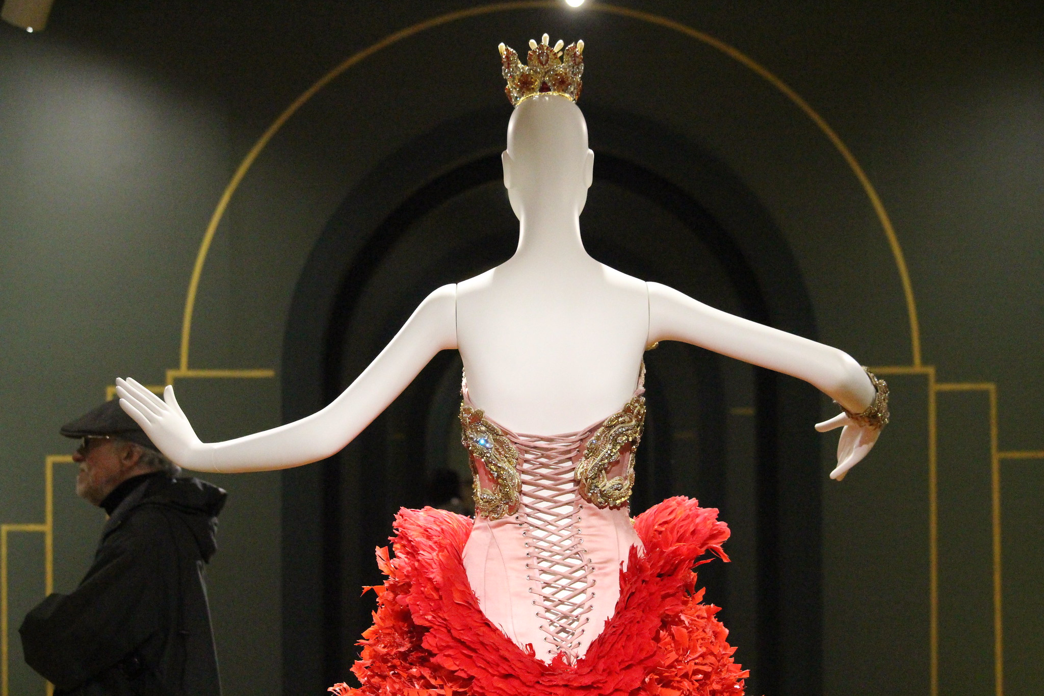 A dress by designer Guo Pei on view at the Vancouver Art Gallery.  Photography by Flickr user  JMacPherson .