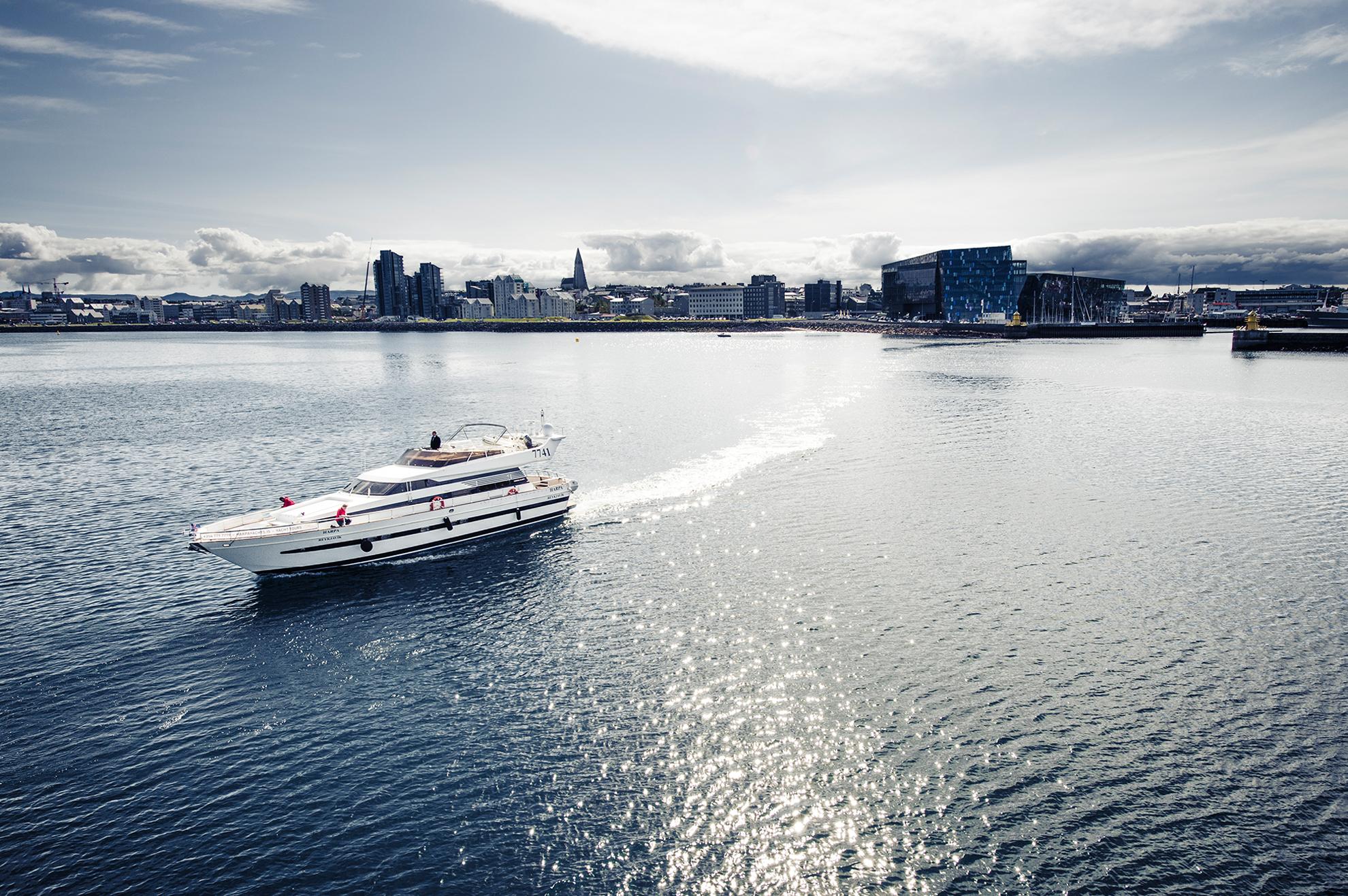 harpa-yachts_8.jpg