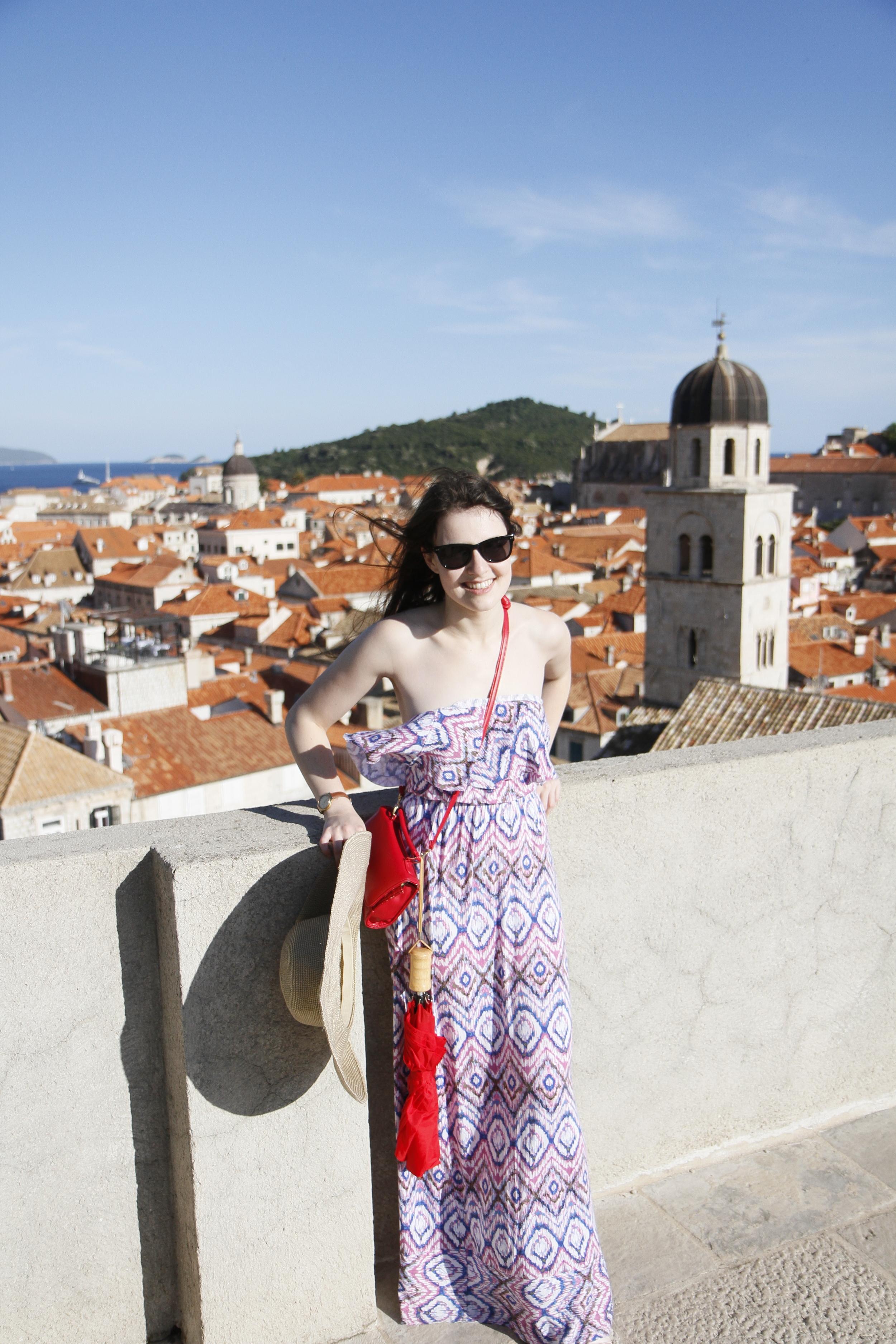 Zina Kumok | Personal Finance Writer