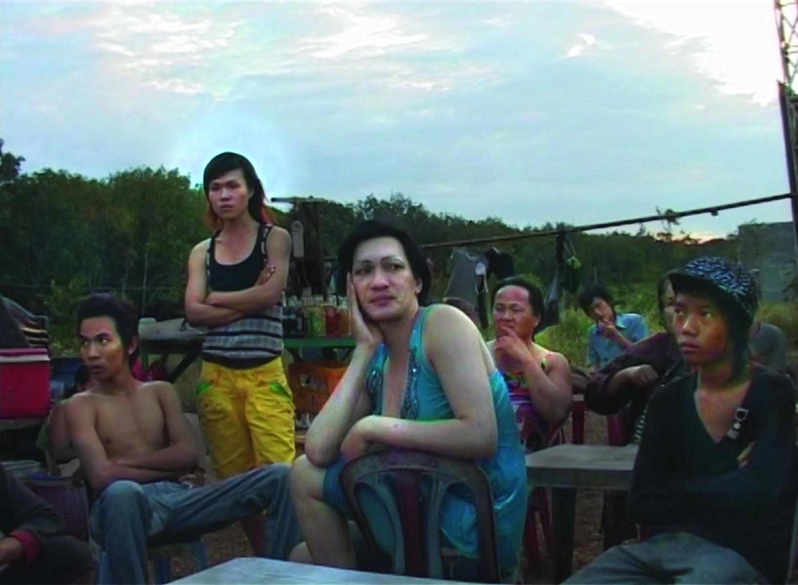MADAM PHUNG'S LAST JOURNEY 005_Image courtesy Icarus Films.jpg