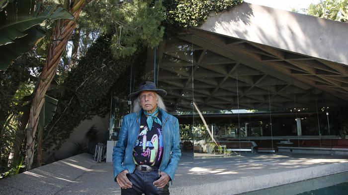 Jim Goldstein at the Sheats-Goldstein Residence by John Lautner (credit: LA Times)