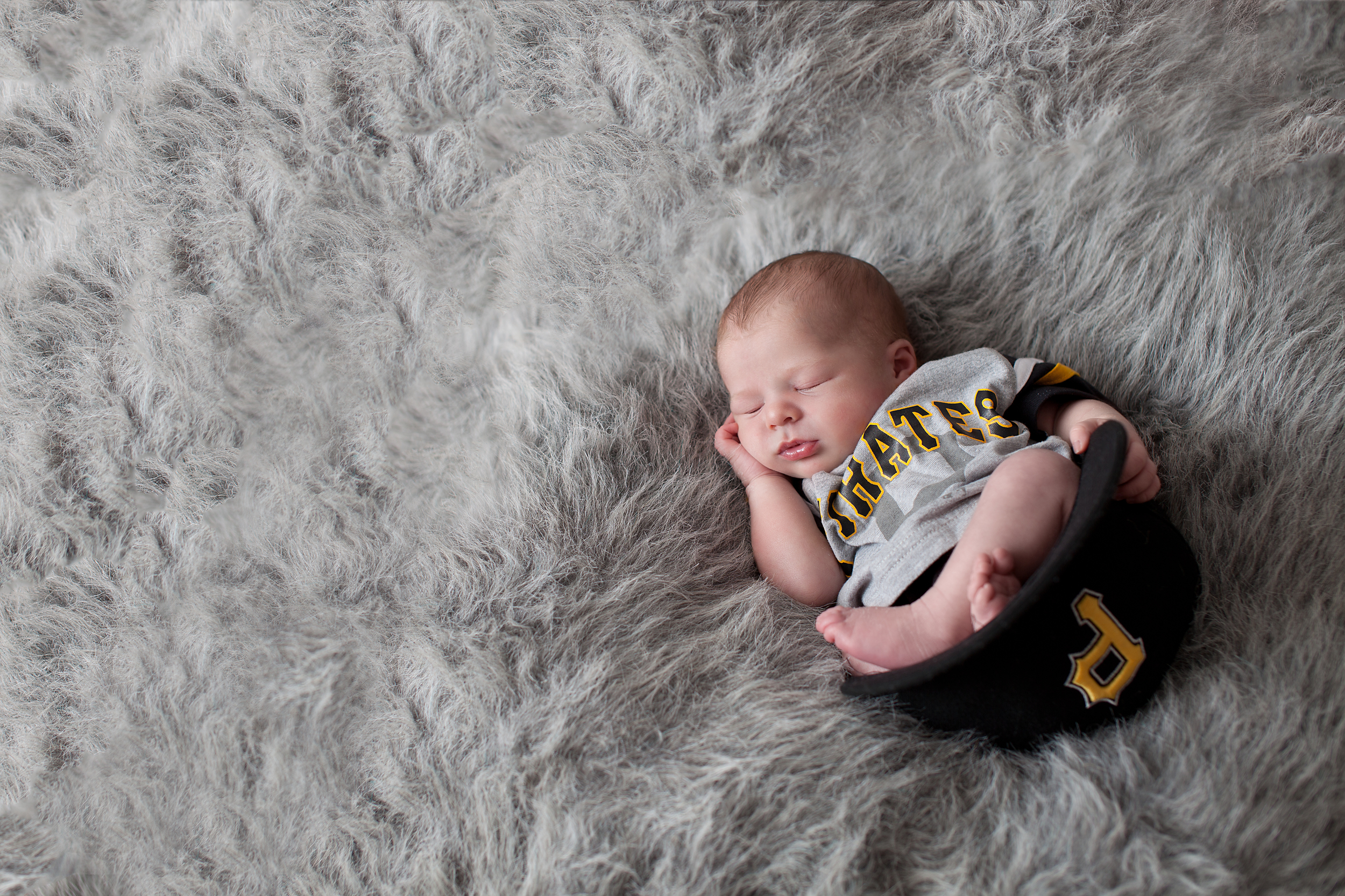 Columbus, Ohio photographer, Professional Portrait Studio, newborn photography.