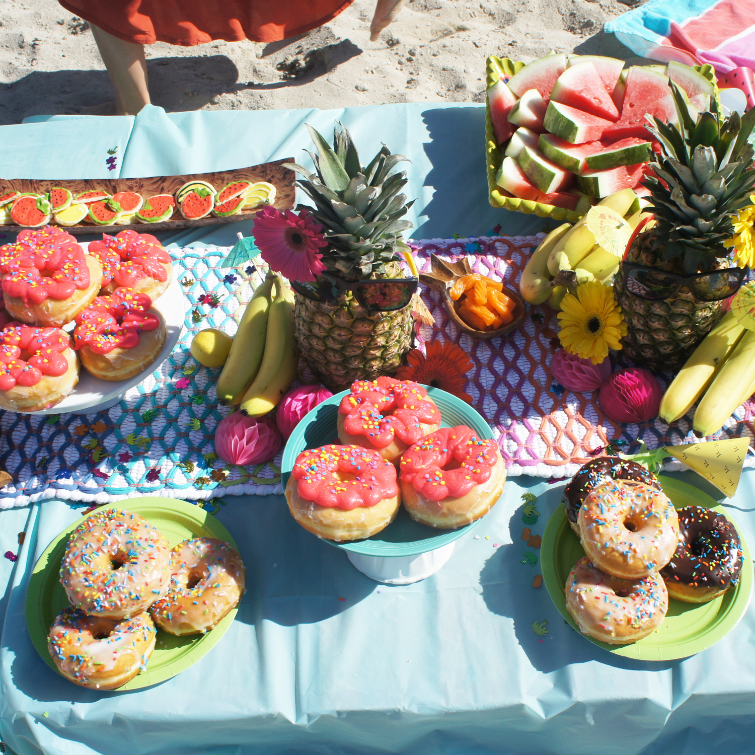 We tried to keep it easy & served donuts & fruit & cookies....I'm sure the mamas were supper grateful that we offered a variety of sugars before dinner time! Whoops!
