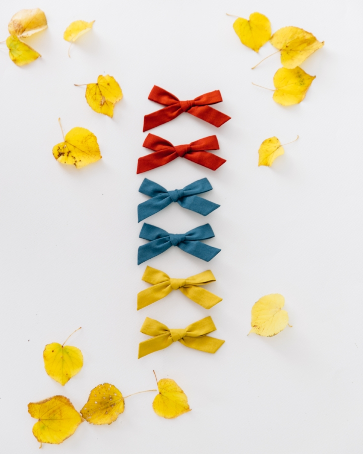 bows: Free Babes